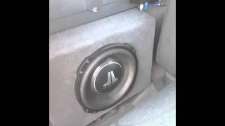 12 inch TW3 jl audio subwoofers in single cab 2001 chevorlet silverado on a mephis 1500 amp