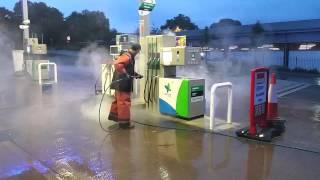Jetclenz Pressure Washing hot petrol nozzle & pump island clean