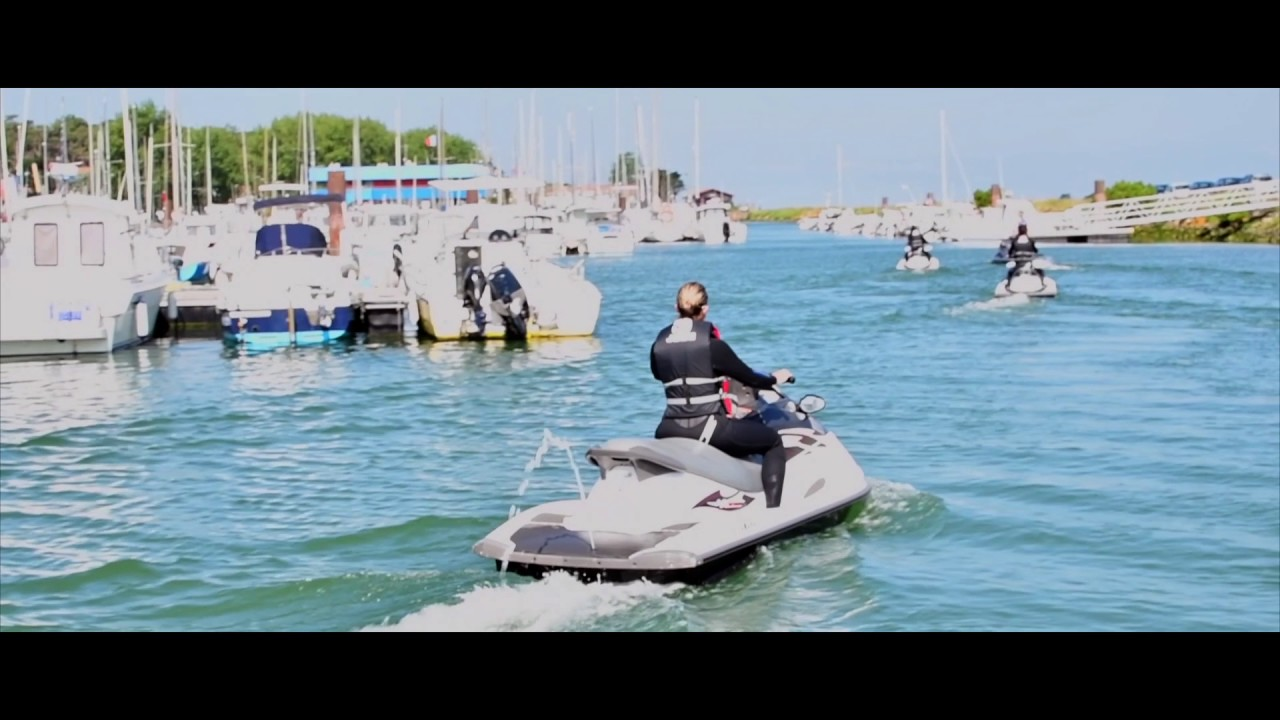 Jet sport 64 anglet c te basque 2017 youtube for Jet 64 anglet