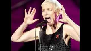 Annie Lennox :::::: Twisted.  (+ Lyrics)