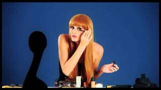 The Fever Bella Wig Thumbnail