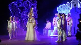 """У Хмельницькому для дітей показали виставу """"Снігова королева"""" на біблійній основі"""