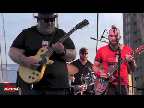 NICK MOSS BAND ◆ Talk To Me Baby  8/6/16 Riverfront Blues Festival