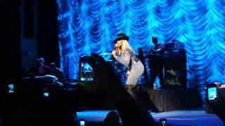 """Mary J. Blige """"Be Happy"""" LIVE - Tabernacle Atlanta 11-25-11"""