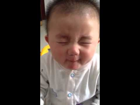 Baby does not like sour lemon