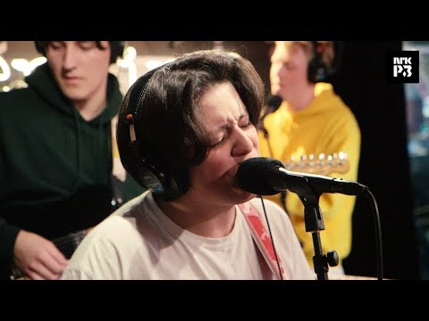 "P3 Live: Boy Pablo ""Losing You"""