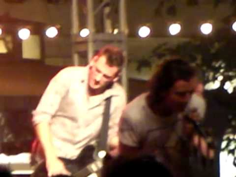 Bush The People That We Love Speed Kills Live @ The Grove LA 082709