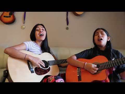 Sisters spin soaring harmonies into YouTube glory as Dueto Dos Rosas