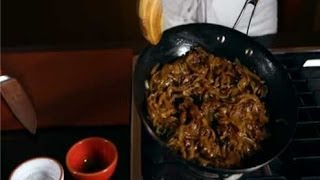 Instant Expert! How to Caramelize Onions Thumbnail