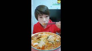Spicy mushroom eating, eating large lobster, chicken claw   Eating show   Eating food