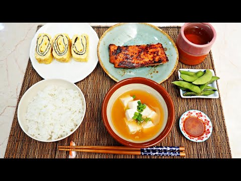 resep-masakan-jepang:-grill-salmon,-miso-soup,-telur-omelet-tamagoyaki