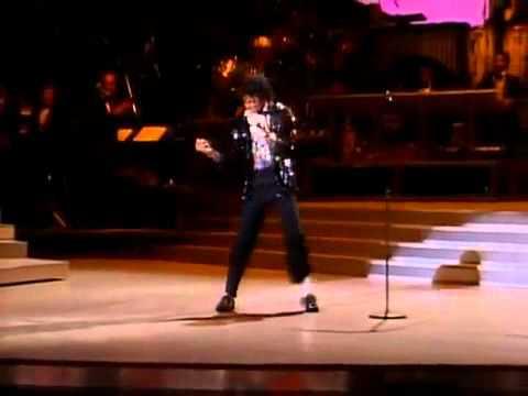 Moonwalk - Michael Jackson - Billie Jean - The First Moonwal