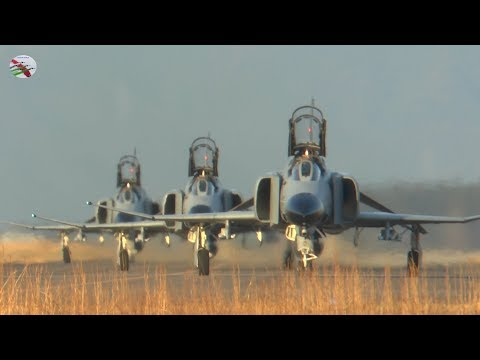 Spectacular F4 Phantoms Filmed Exclusively By James Feneley For AIRSHOW WORLD