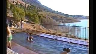Piscina de aguas termales en Zújar (Granada)