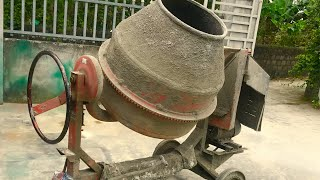Restoration old concrete mixers | Restore and reuse old and very rusted concrete mixers