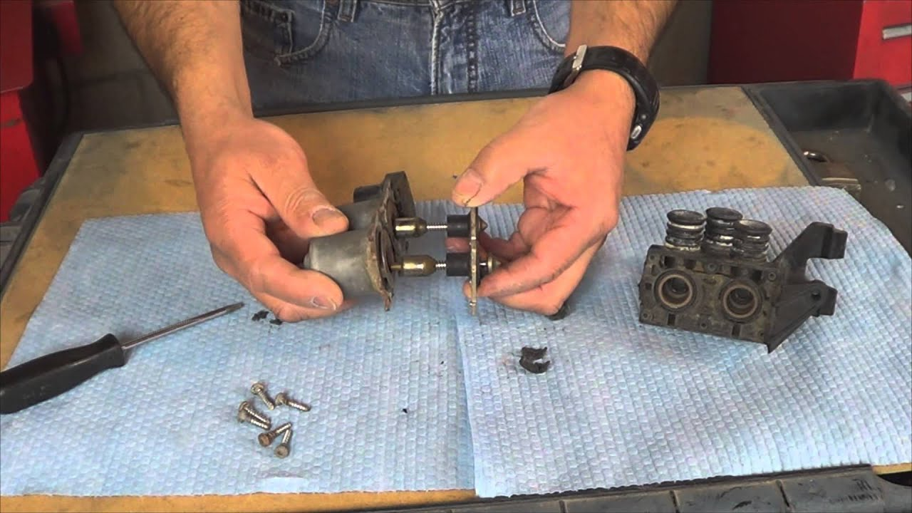 hight resolution of how to disassemble an e36 bmw heater valve by howstuffinmycarworks