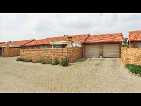 2 Bedroom Townhouse for sale in Gauteng   Pretoria   Northern Pretoria   Magalieskruin   