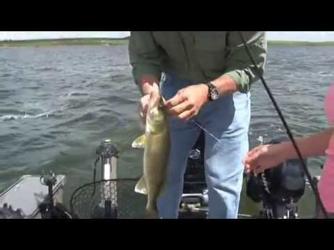 walleye fishing webster sd lakes 2014 youtube