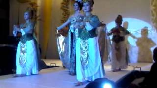 qory sandioriva traditional fashion bridal kabaya grande no 1
