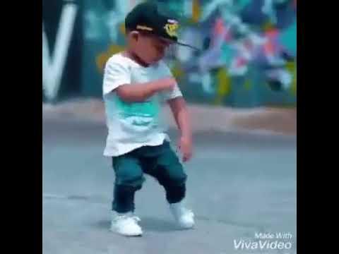 طفل يرقص رقص رائع thumbnail