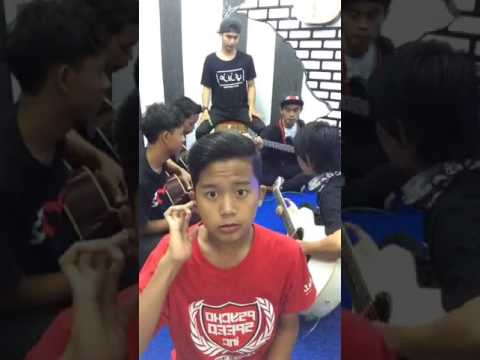 LaoNeis - LIVE ON FACEBOOK full song
