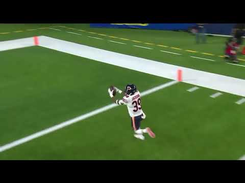Justin Fields scores first NFL touchdown to draw Bears closer to Rams