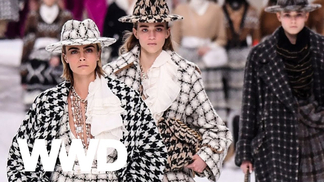 15c1cfab103ed Watch Karl Lagerfeld s Final Chanel Show - YouTube