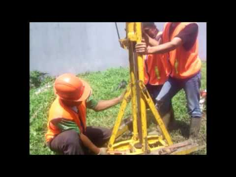 Cone Penetration Test with manual machine