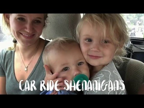 How To Travel with Children in Bali /// Car Ride Shenanigans of Dorothy and Manilla!!