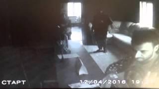Камера засняла работу двух воров в Виннице