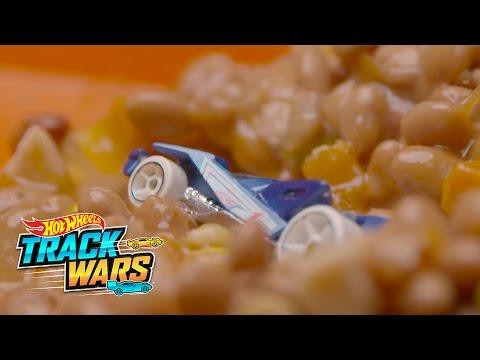 Salida del cole  Track Wars  Hot Wheels
