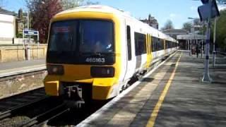 465163 departs Blackheath