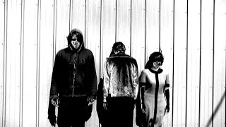 Screaming Females - Buried In The Nude (Official Video)