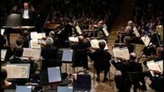 Brahms: Piano concerto No.2 - IV.Allegretto grazioso / Elisabeth Leonskaja
