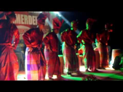 Rampak Gendang Makassar ( Gandrang Bulo )