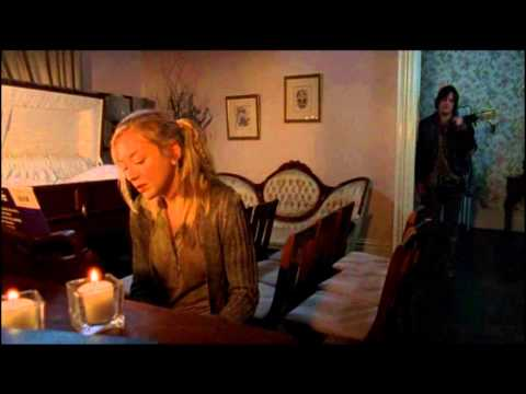 Beth Greene (Emily Kinney) singing Be good The Walking Dead _