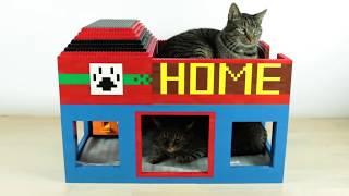 LEGO Cat House w/ Cat SNACK Maker