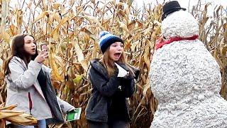 Haunted Snowman Halloween CornMaze Prank