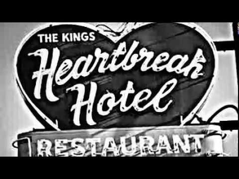 Elvis Presley-Heartbreak Hotel(Viva Elvis)+lyrics