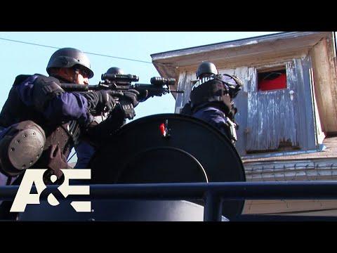 Dallas SWAT: Dangerous Hit Next to Public School (Season 2) | A&E