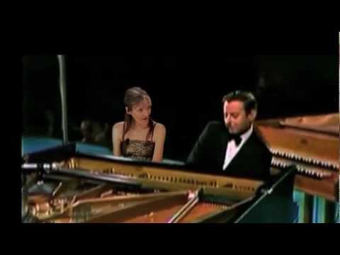 Close Your Eyes: Me singin & swingin with the great Andre Previn