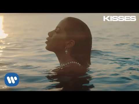 Anitta With Chris Marshall - Tu Y Yo (Official Music Video)