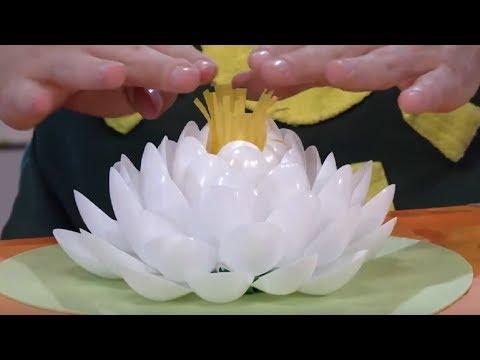 Как сделать кувшинку из пластиковых ложек своими руками пошагово