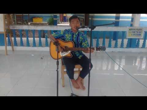 Anak SMP jago main gitar Republik-Tiada Guna Lagi cover gitar