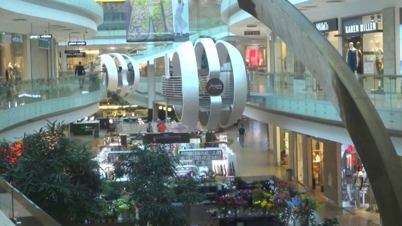 211c4a1db Aruna & Hari Sharma at Europa Shopping Centre 2nd Floor, Vilnius,  Lithuania, Jul 12, 2106