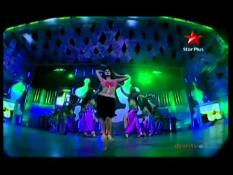 Katrina Kaif Live Performing on Sheila Ki Jawani At 17th Star Screen Awards (2011)
