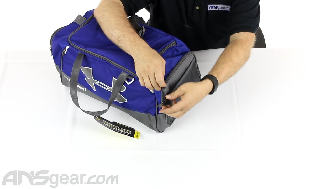 4fc6095b0f60 Under Armour Storm Undeniable II Small Duffle Bag - Review - YouTube