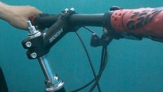 Вынос руля велосипеда регулируемый 1-1.8, регулировка, как заменить(Мой ВК https://vk.com/id263241899 Полезные видео с моего канала, о ремонте велосипеда. 1) Задняя втулка колеса обслуживан..., 2013-06-24T13:35:17.000Z)