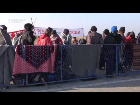Refugees Demand Croatia Open Its Border