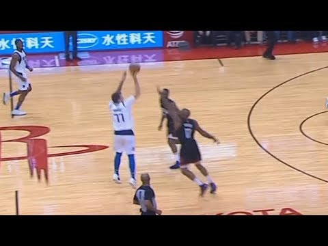 Luka Doncic SHOCKS Rockets Crowd With Stephen Curry Range From Half Court! Rockets vs Mavericks